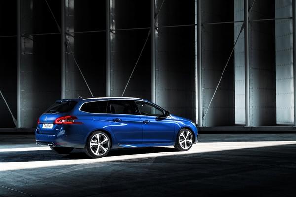S7-Peugeot-devoile-les-308-GT-205-et-GT-180-330402