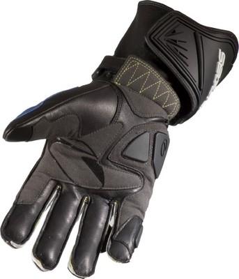 Dernier né des gants racing de chez Segura: le SEG 910...