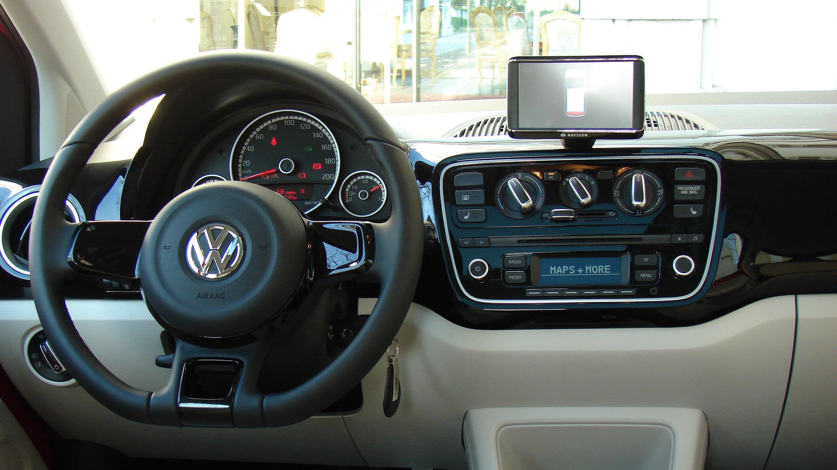 essai volkswagen up 5 portes bva automatiquement meilleure. Black Bedroom Furniture Sets. Home Design Ideas
