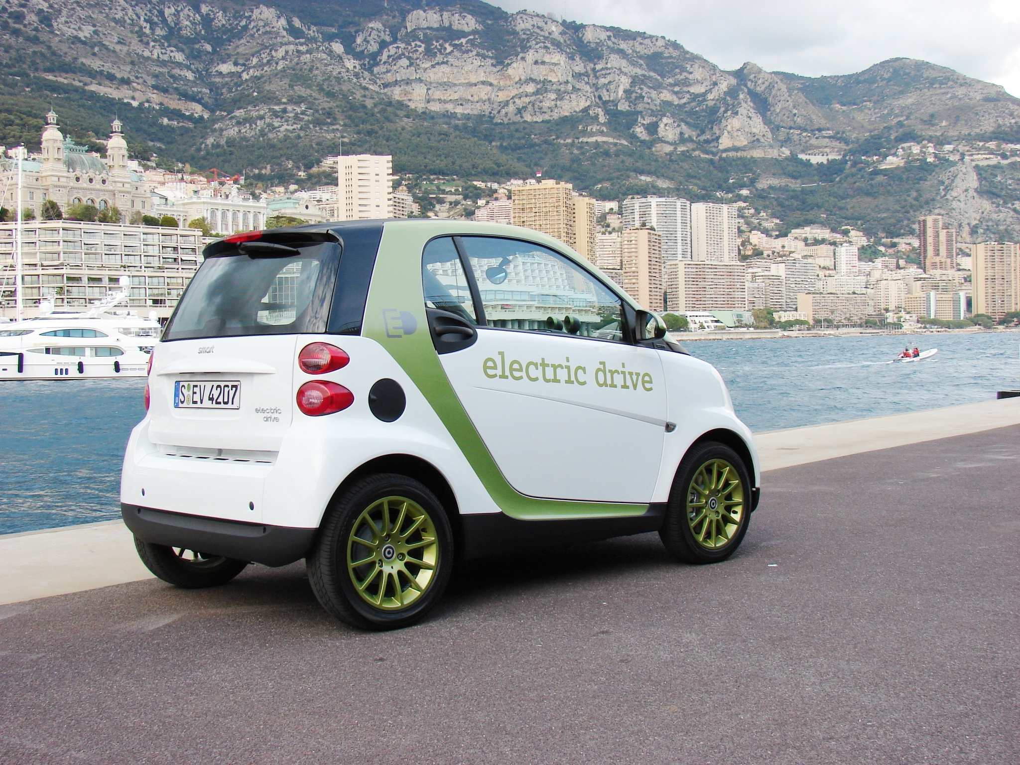 essai smart fortwo electric drive la citadine branch e. Black Bedroom Furniture Sets. Home Design Ideas