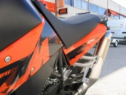 Essai de la KTM 690 Supermoto 2007 : extra-KTM-terrestre