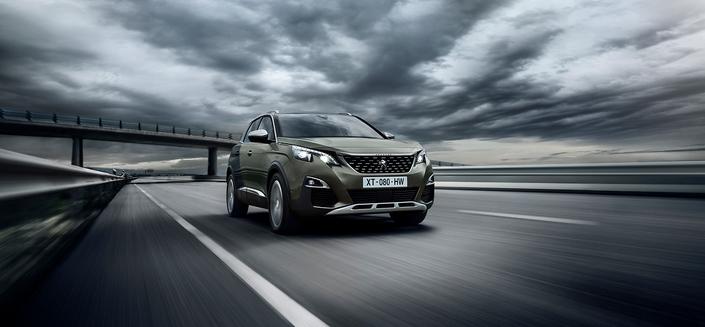 Les SUV comme le Peugeot 3008 connaissent un succès croissant en Europe, et se dotent de motorisations essence à l'excellent rendement. Un avantage en termes d'émissions de particules, mais un problème en matière de CO2.