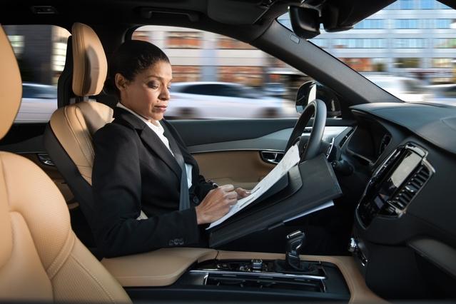 La réglementation sur la conduite autonome accompagne les progrès technologiques très rapides observés ces dernières années.