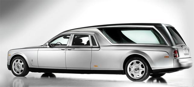 [insolite] Un corbillard Rolls Royce Phantom pour un dernier voyage raffiné