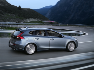 Prise en mains - Volvo V40 : plus sûre... et plus sportive