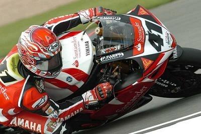 Superbike: Donington M.2: Haga au finish