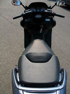 Essai Yamaha T-Max 500 ABS : Maxi-Scoot Toujours !
