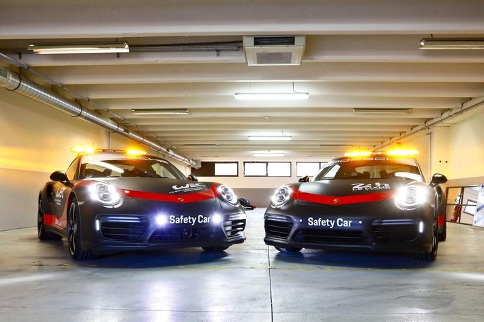 La Porsche 911 Turbo en safety-car pour le championnat du monde d'endurance