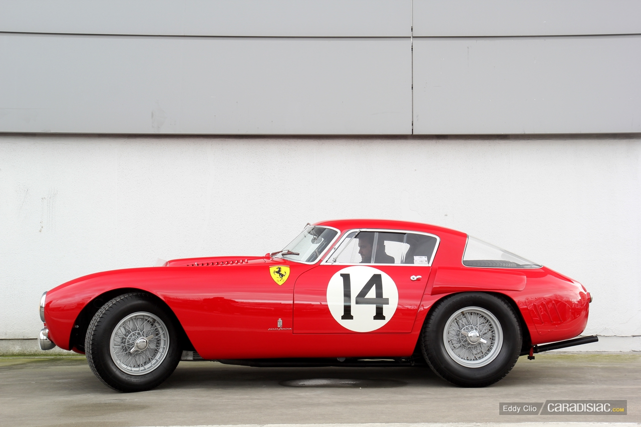 http://images.caradisiac.com/images/7/4/6/6/87466/S0-Photos-du-jour-Ferrari-250-MM-Retromobile-2013-295940.jpg