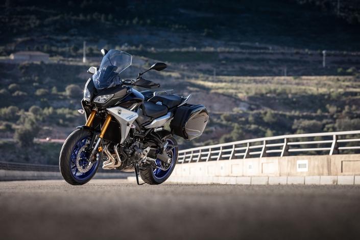 Essai Yamaha Tracer 900 et Tracer 900 GT 2018 : s'apprivoiser