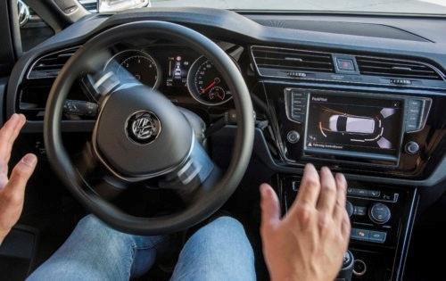 Auto et technologie : les équipements à adopter (ou pas)