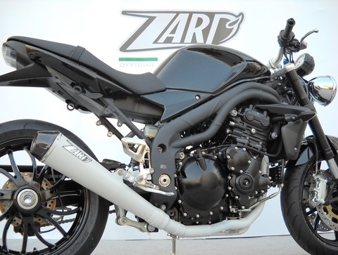 Zard habille de blanc le Speed Triple.