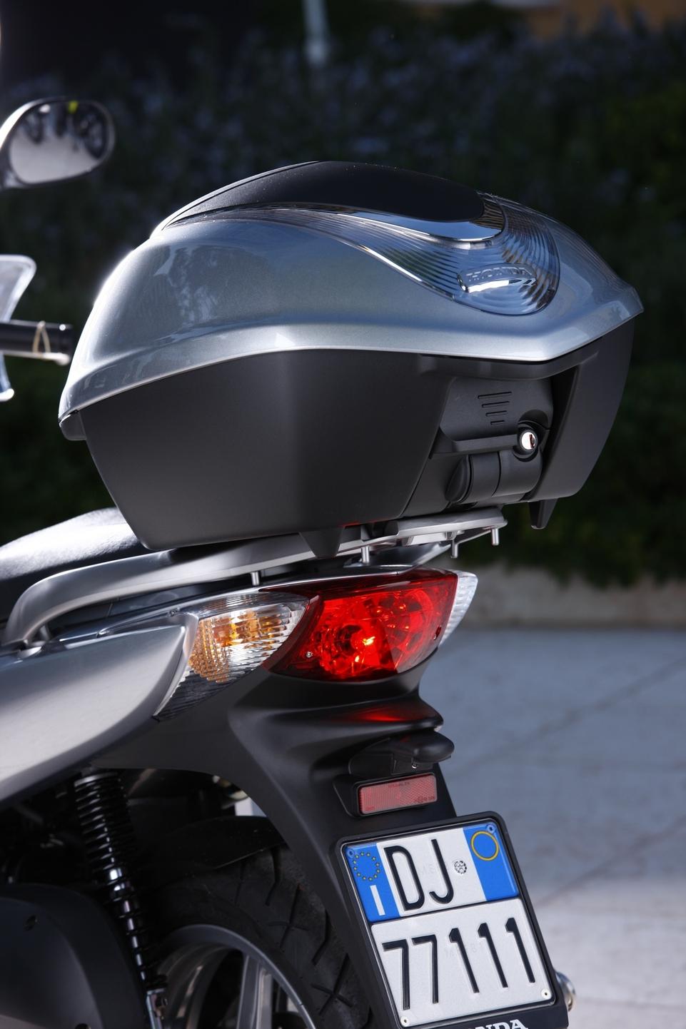 Des accessoires pour le Honda SH 125i 2009