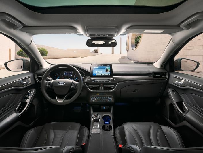 La planche de bord de la nouvelle Focus est très proche de celle de la Fiesta.