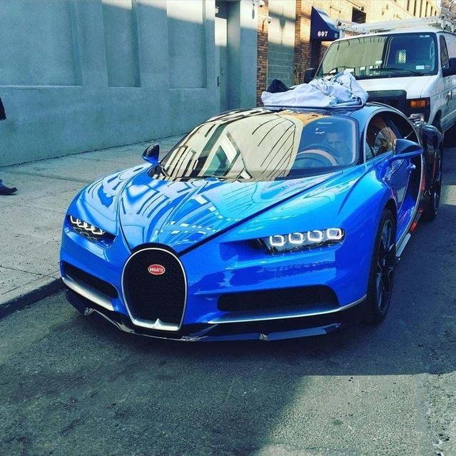 Surprise : une Bugatti Chiron prend la lumière à New York