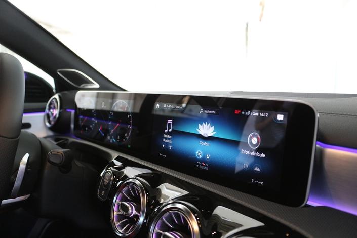 Essai vidéo - Mercedes Classe A 2018 : la Classe A Dallas