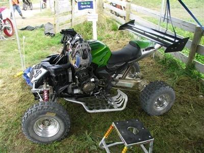 Photo du jour : fusion d'un Quad et d'une ZX12R