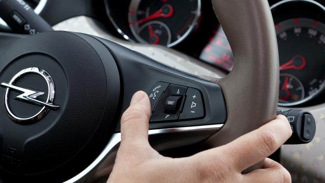 L'Opel Adam va bénéficier de la fonction SIRI Eyes Free : une première dans la catégorie (vidéo)