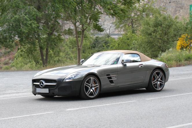 Surprise : la Mercedes SLS AMG au restylage