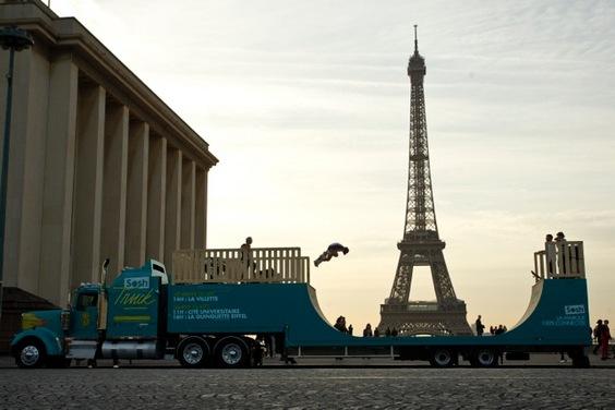 Le Sosh Truck en tournée à Annecy, Tours, Lille et Bordeaux