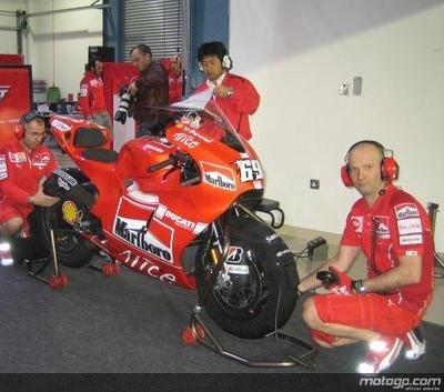 Moto GP - Ducati: Hayden regrette la réduction des essais