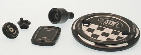 STM: accessoires en alu pour Yamaha T-Max