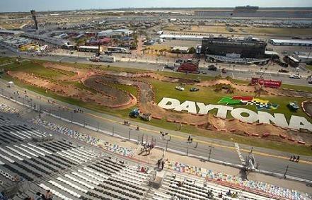 Daytona : Stewart rechute, Reed regagne !
