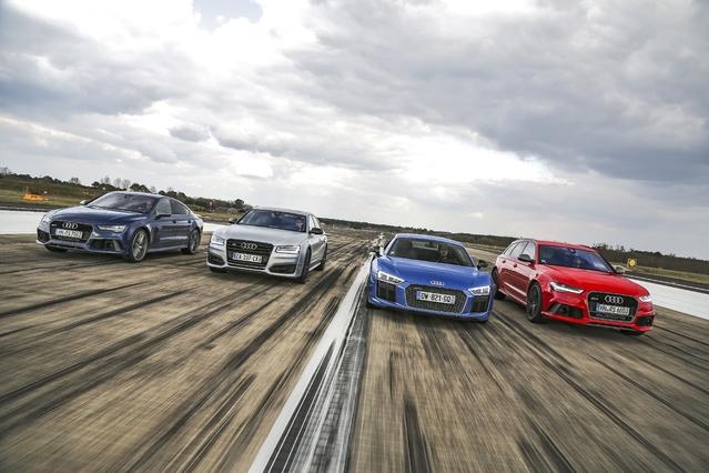 Les 4 modèles de chez Audi (RS7 Sportback, S8, R8, RS6 Avant) prêts à franchir la barre des 300km/h.
