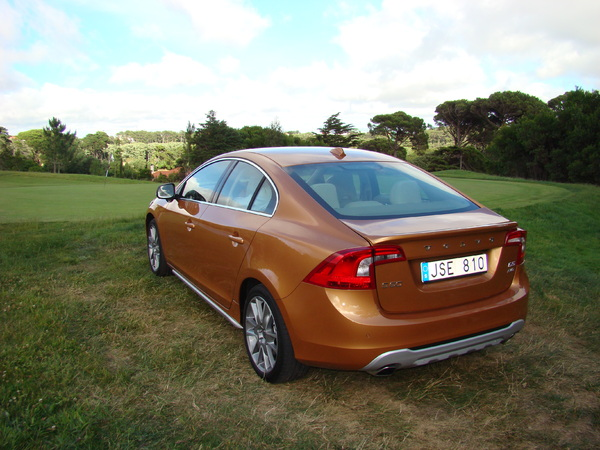 volvo s60 2010 uk price and model detail. Black Bedroom Furniture Sets. Home Design Ideas