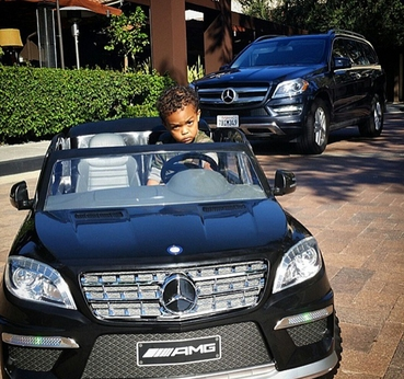 50 Cent offre une Mercedes à son fils de 2 ans