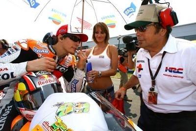 Moto GP: Chausser Hayden, ça vous botte ?