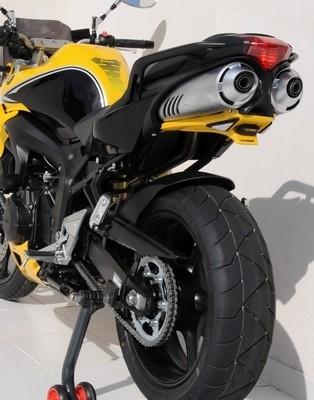 La Yamaha FZ6 S2 N de 2009 s'habille en Ermax.