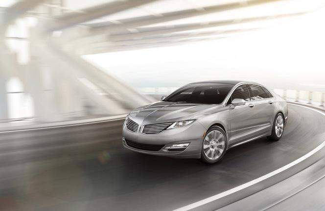 New York 2012 : Nouvelle Lincoln MKZ, c'est du premium