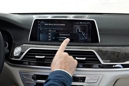 Reportage vidéo - Et si votre voiture de demain ressemblait à une BMW d'aujourd'hui ?