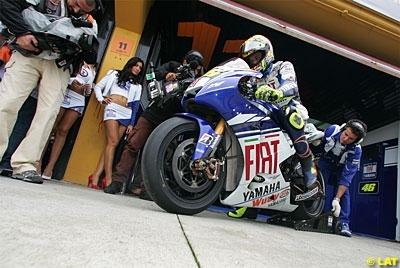 """Moto GP - Rossi: """"Nous devrions être 24"""""""