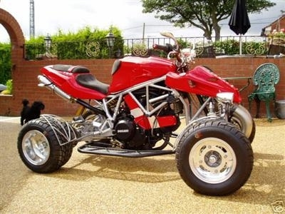 Photo du jour : Quad Ducati 750SS