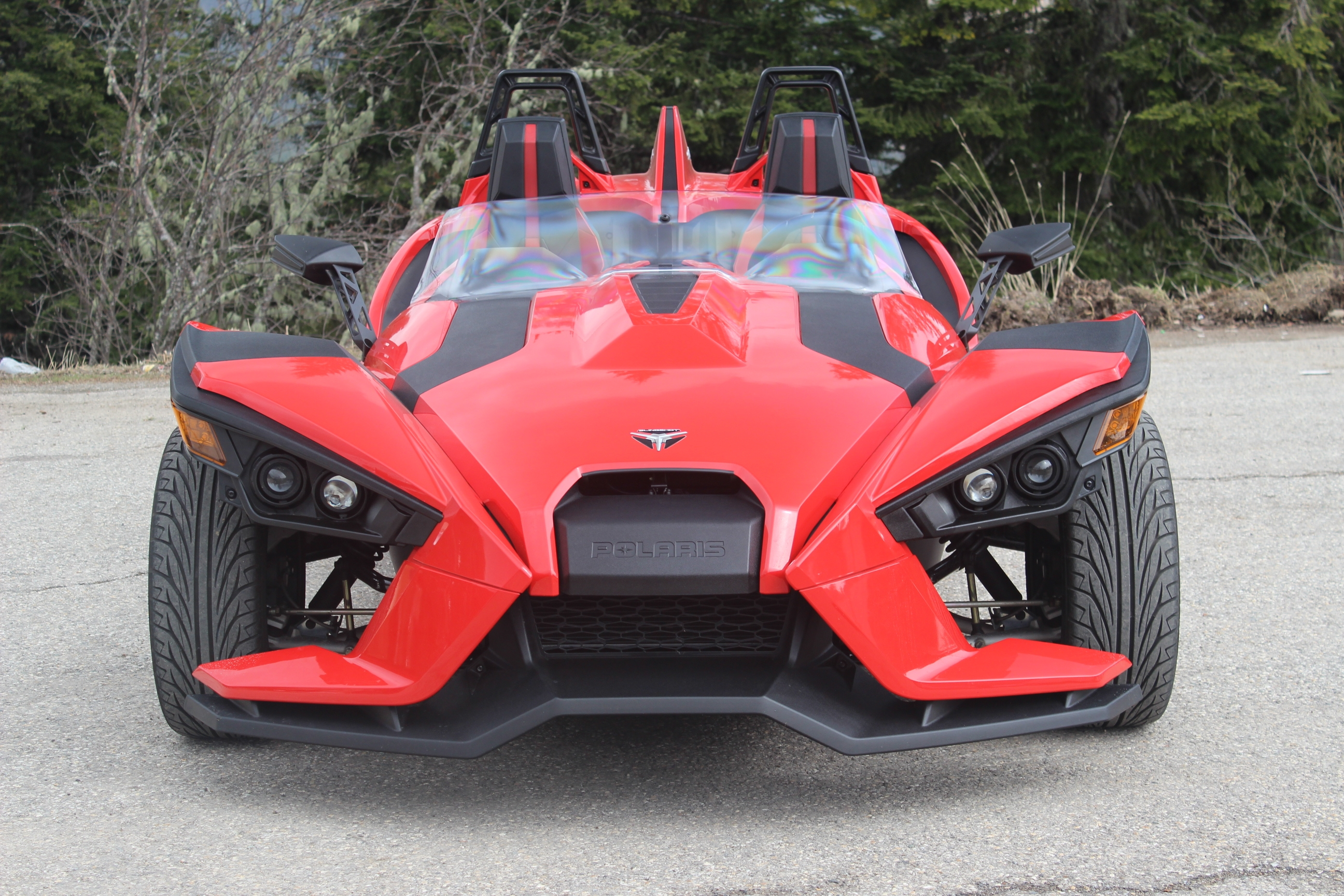 reportage vid o une journ e en polaris slingshot. Black Bedroom Furniture Sets. Home Design Ideas