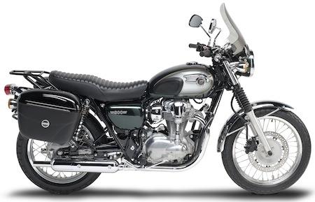Givi fait le plein d'accessoires pour la Kawasaki W800