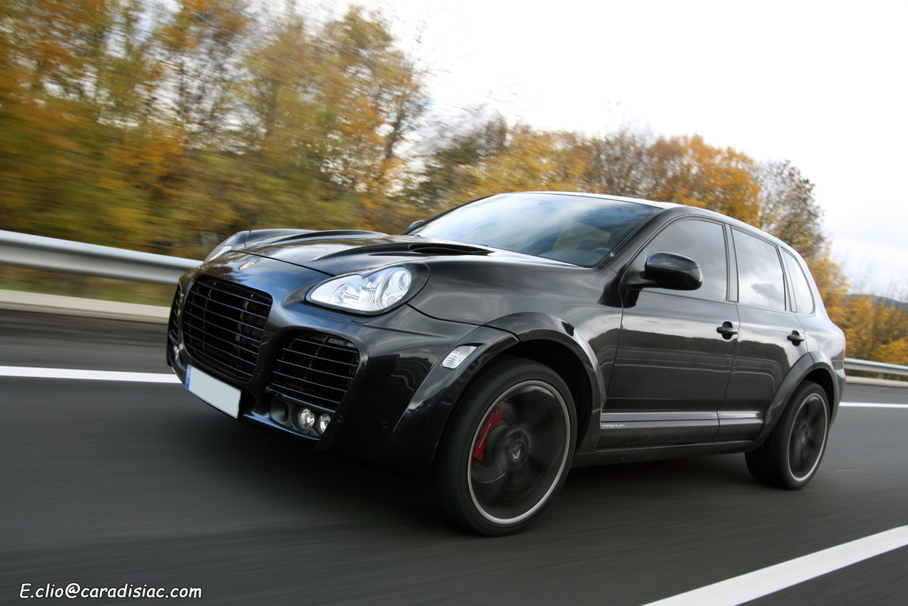 photos du jour porsche cayenne turbo techart magnum auto design tech. Black Bedroom Furniture Sets. Home Design Ideas