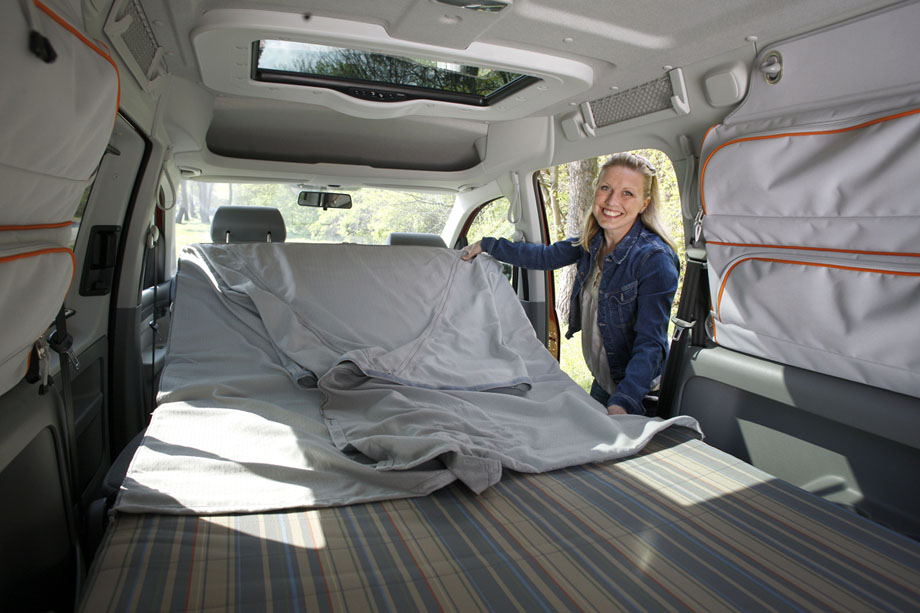 volkswagen caddy maxi tramper le grand ludospace d di au camping. Black Bedroom Furniture Sets. Home Design Ideas