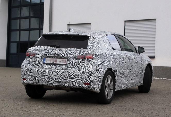 Surprise : le futur SUV compact Lexus NX