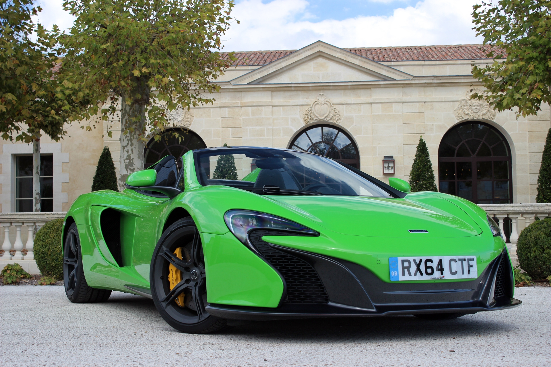 http://images.caradisiac.com/images/7/6/0/7/97607/S0-Essai-video-McLaren-650S-Spider-proche-de-la-perfection-332807.jpg
