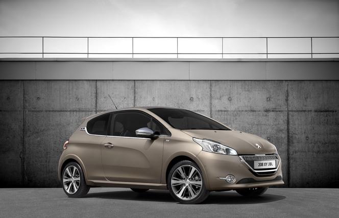 Mondial 2014 : Peugeot dévoile la série limitée 208 XY JBL