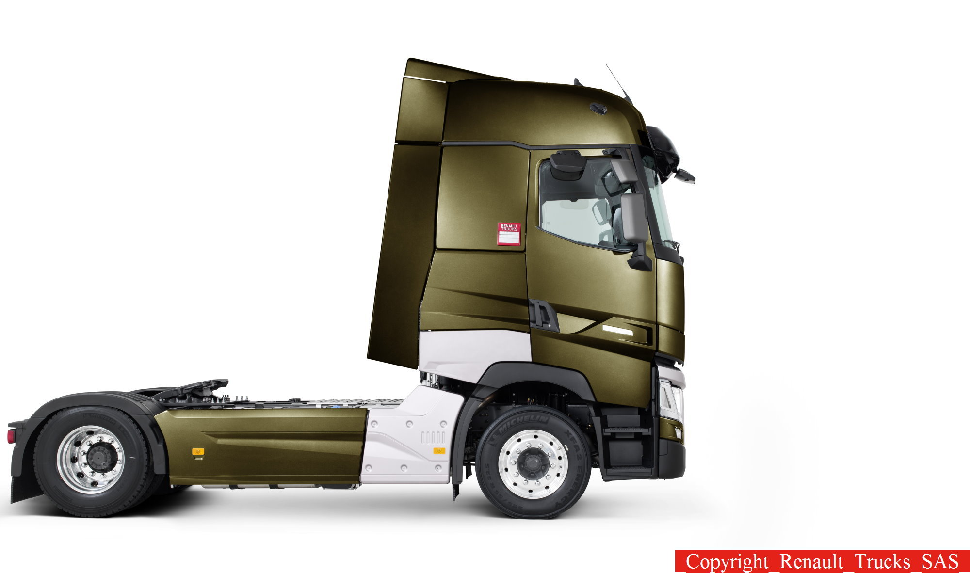 renault trucks a pr sent une nouvelle gamme. Black Bedroom Furniture Sets. Home Design Ideas
