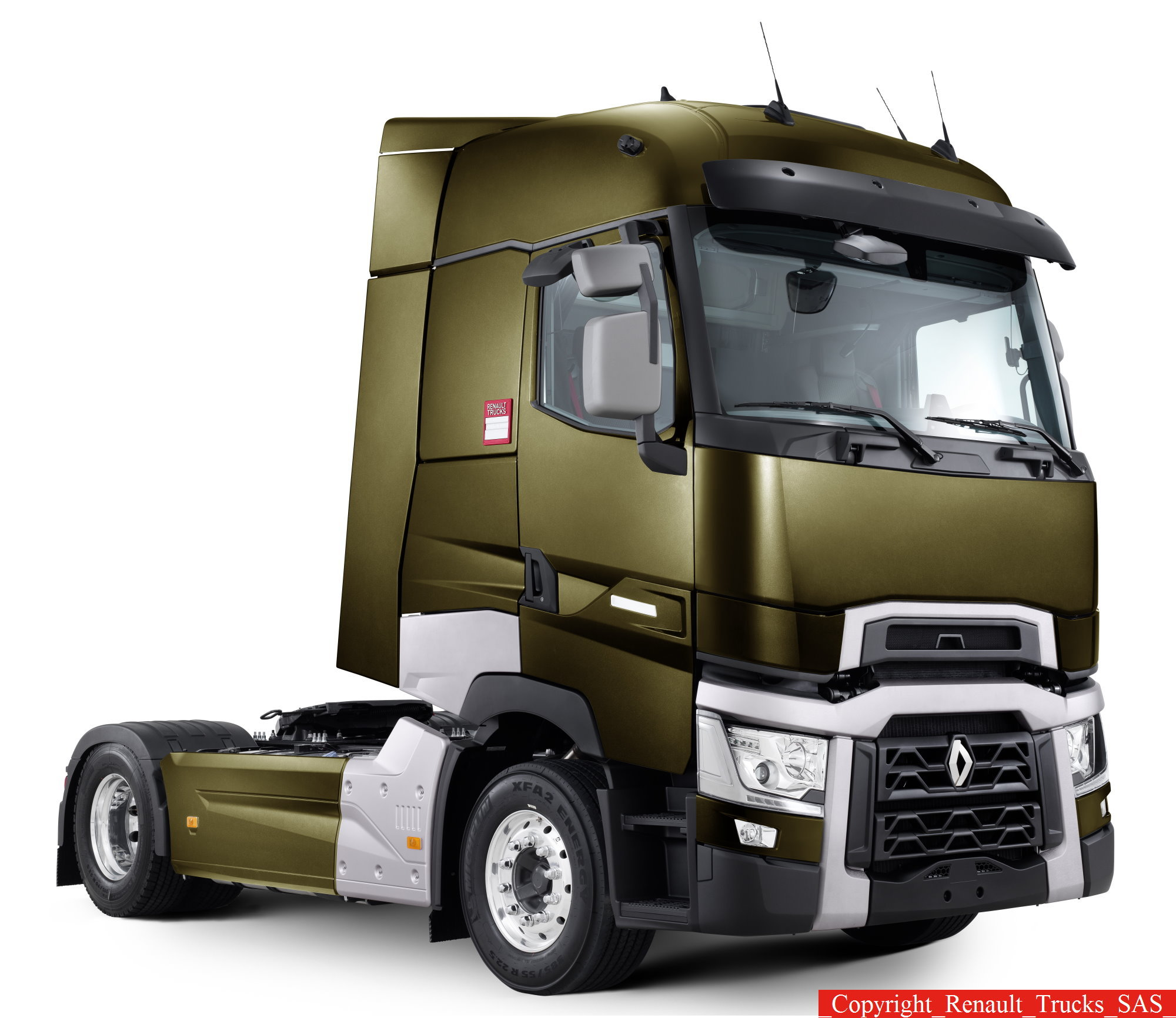 renault trucks a pr sent une nouvelle gamme. Black Bedroom Furniture Sets. Home Design Ideas