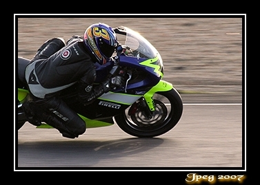 Réussir ses photos de motos : partie (1/3)