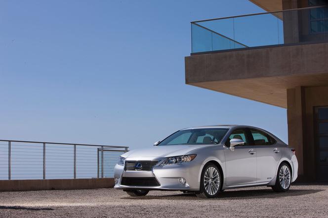 New York 2012 : la nouvelle Lexus ES en clair