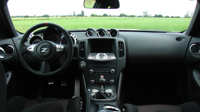 Essai vidéo - Nissan 370Z Nismo : le pousse-au-crime
