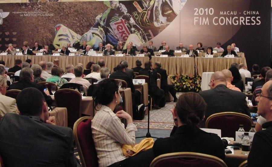 Congrès FIM 2010 : Vito Ippolito réélu Président de la FIM