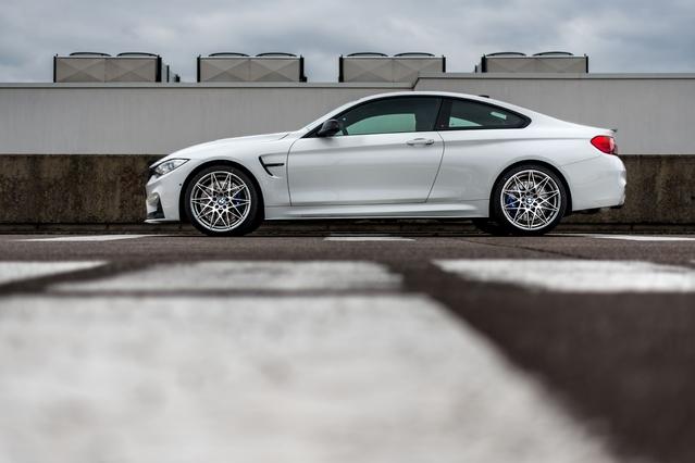 BMW M4 Coupé Tour Auto Edition : une version bien française limitée à 5 exemplaires